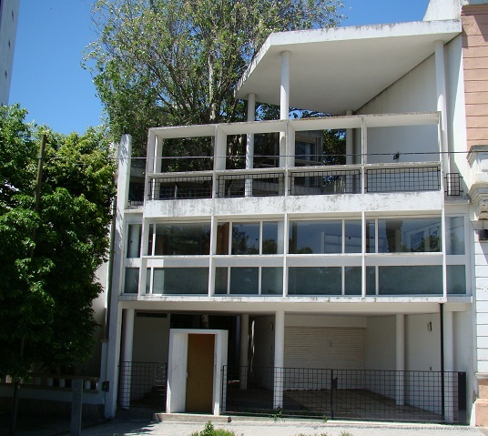 Curutchet house le corbusier plan home design and style - Le corbusier design style ...